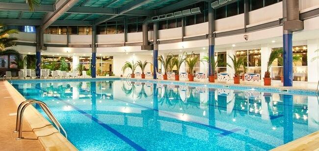 Rila Hotel indoor pool