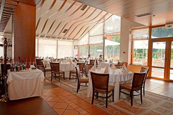 Yastrebets restaurant