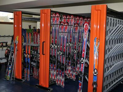 Yanakiev Hotel Ski Depot