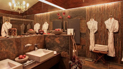 Kempinski Grand Arena Hotel Bansko Presidential Suite Bathroom