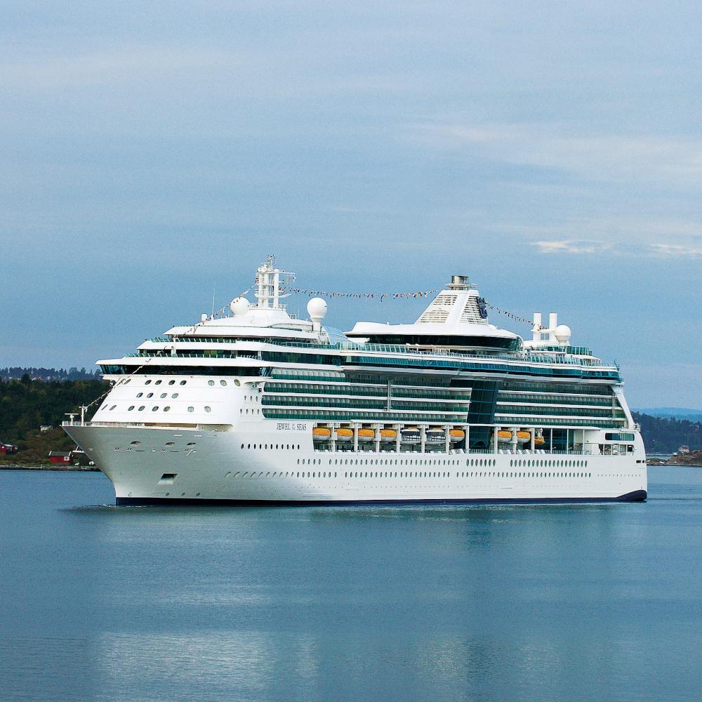 Jewel of the Seas arriving in Oslo